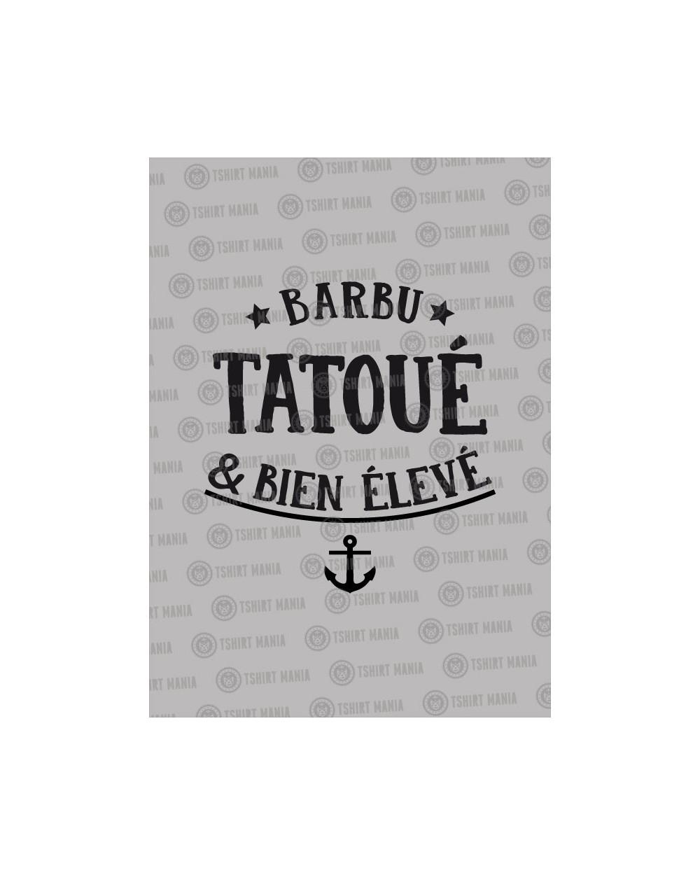 Barbu, tatoué et bien élevé